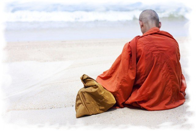 Буддийский монах в Таиланде