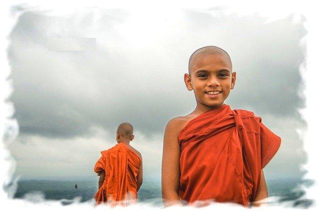 Храмовые дети в Таиланде 2