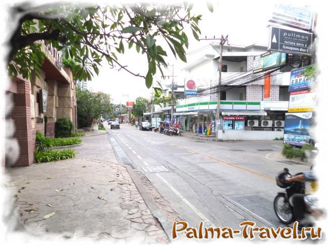 Паттайя Наклуа - типичная улочка района