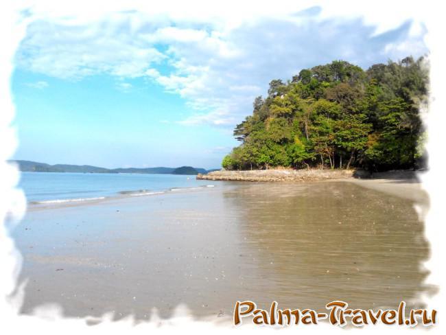 Пляж Ао Нанг. Северная часть пляжа в отлив