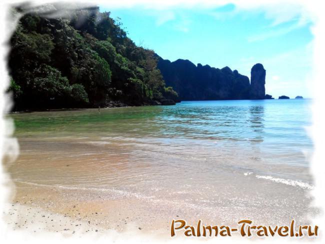 Пляж Ао Нанга - южная часть у отвесной скалы