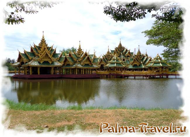 Один из самых красивых храмов на воде в парке Ancient Siam (Mueang Boran)