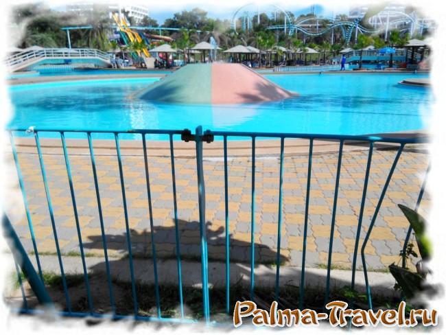 Аквапарк и аттракционы отеля Паттайя Парк