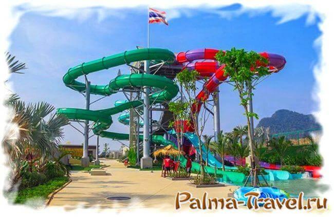 Аттракцион Спираль (Spiral) в аквапарке Рамаяна (зеленый)