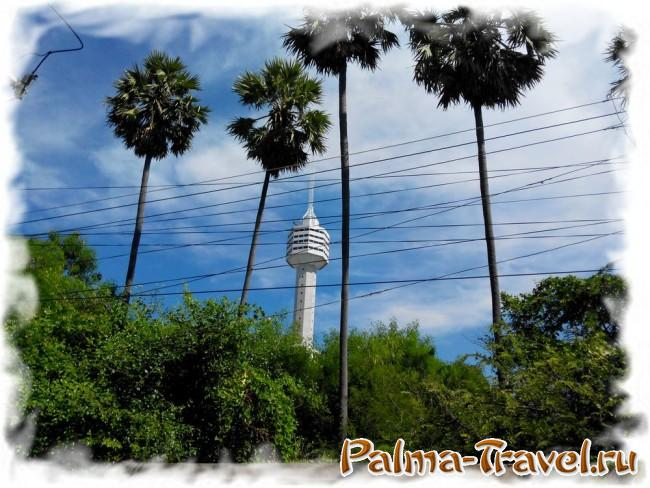 Башня отеля Pattaya Park - отличный отриентир Донгтан бич