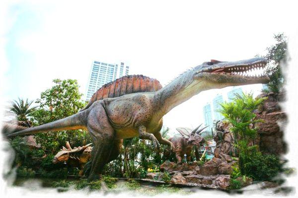 Парк Планета динозавров Бангкок