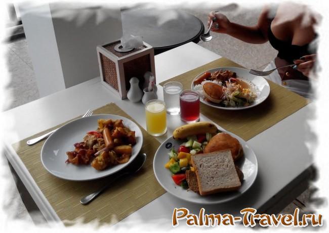 Chaweng Cove beach Resort  - завтрак в ресторане