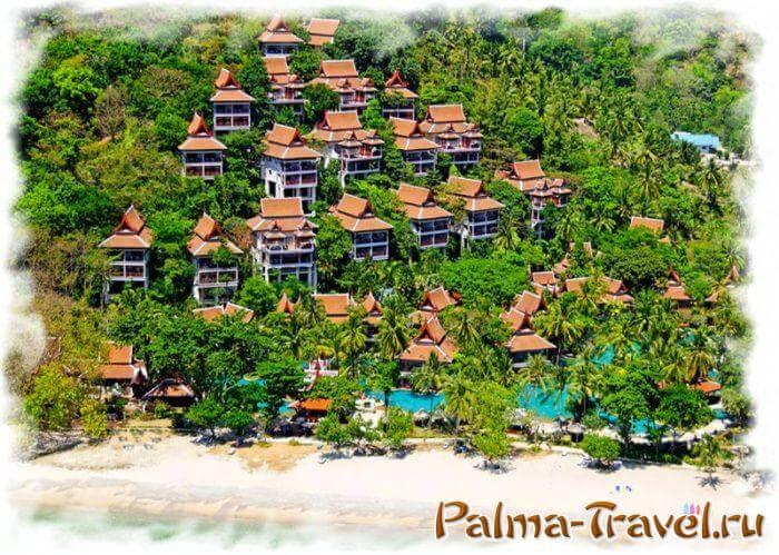 Thavorn Beach Village Resort & Spa - один из самых доступных отелей с пляжем на Пхукете