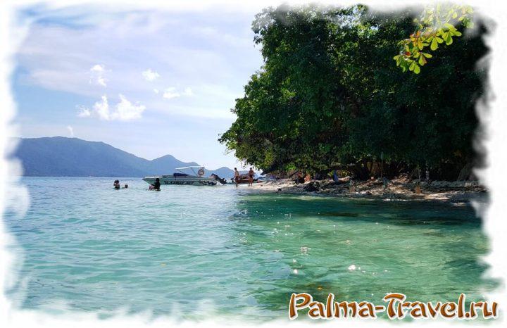 Вид на небольшой пляж Ko Yuak (вдали - Ко Чанг)